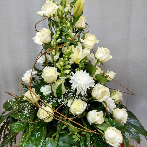 centro de flores y rosas 75€ reducido